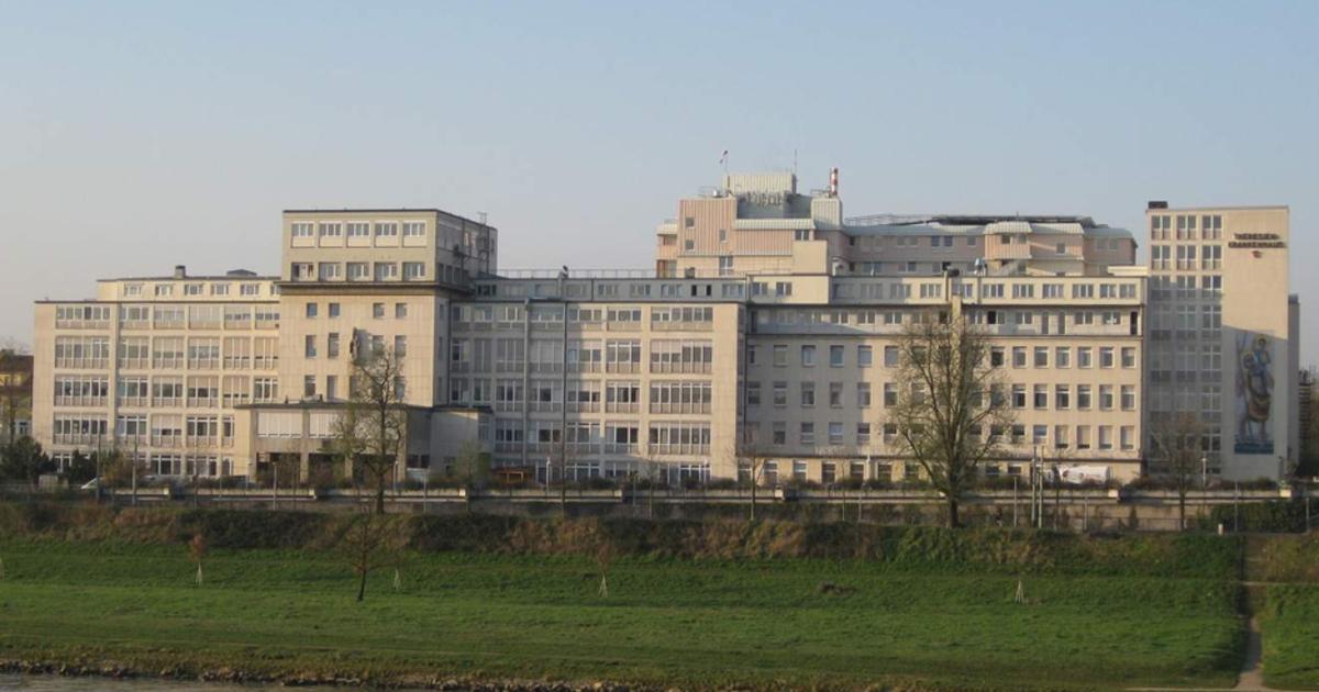 Mannheim Nach Freiburg : mannheim theresienkrankenhaus und st hedwigklinik sollen im kommenden jahr verkauft werden ~ Markanthonyermac.com Haus und Dekorationen